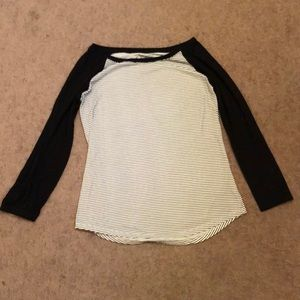 American Eagle long sleeved t-shirt size M